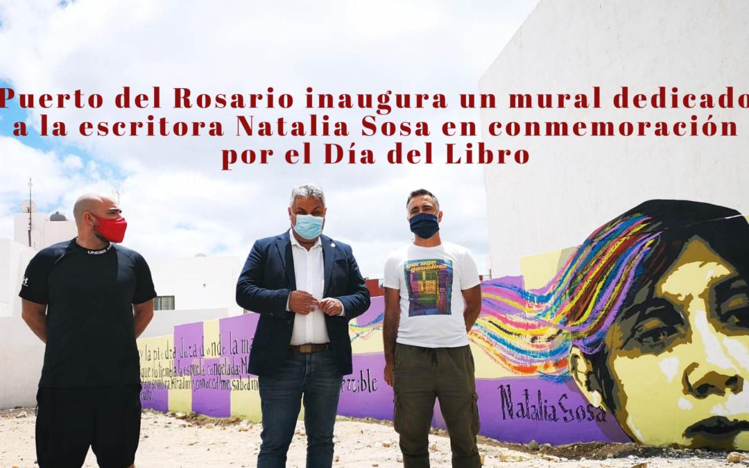 Puerto del Rosario inaugura un mural dedicado a la escritora Natalia Sosa en conmemoración por el Día del Libro