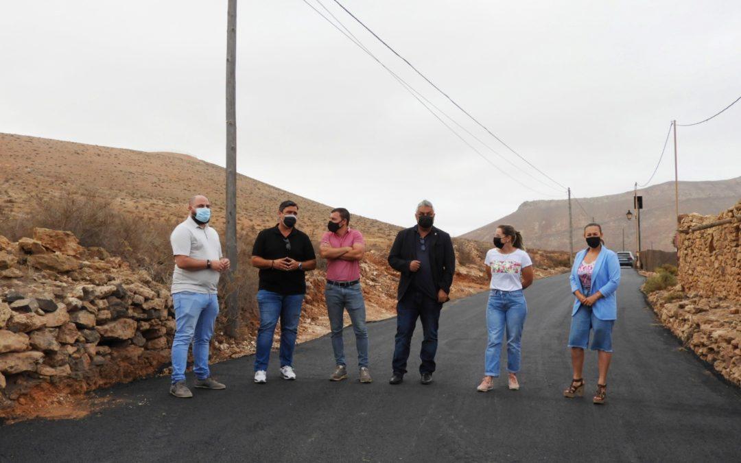 El Ayuntamiento culmina el arreglo y asfaltado de 3.850 metros cuadrados de caminos rurales en Tetir