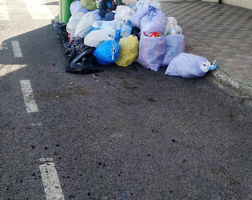 El Ayuntamiento de Puerto del Rosario solicita la colaboración vecinal para el uso responsable de los contenedores de basura de Juan de Bethencourt