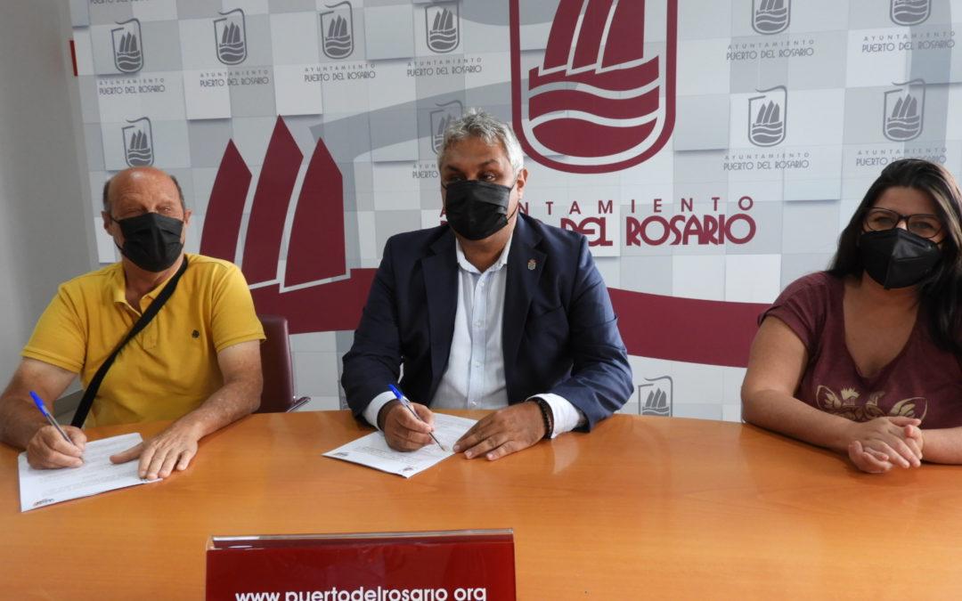 El Ayuntamiento capitalino y Adivia trabajan de la mano para avanzar en un 'Puerto del Rosario para todos/as'