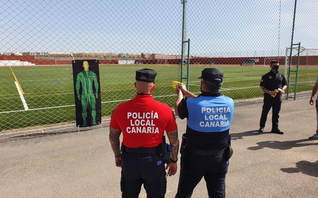 La Policía Local de Puerto del Rosario se forma en el uso y manejo de pistolas Taser