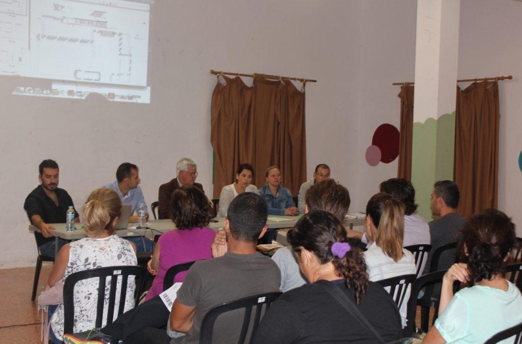 El Ayuntamiento hizo partícipe a los vecinos de Ampuyenta de distintos proyectos