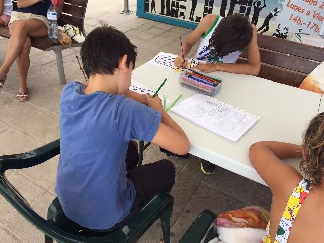 El Ayuntamiento de Puerto del Rosario invita a leer en la playa