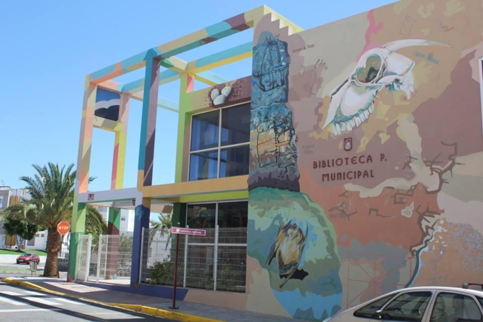 Premio a la Biblioteca  municipal y presentación de reformas en el centro