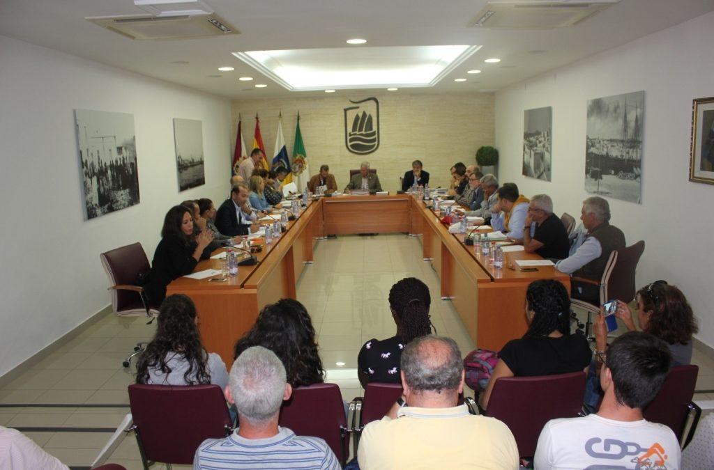 El Pleno del Ayuntamiento apuesta por la mejor solución a la Piscina