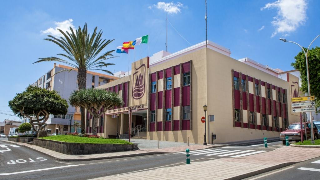 El Presidente del Gobierno de Canarias visita Puerto del Rosario