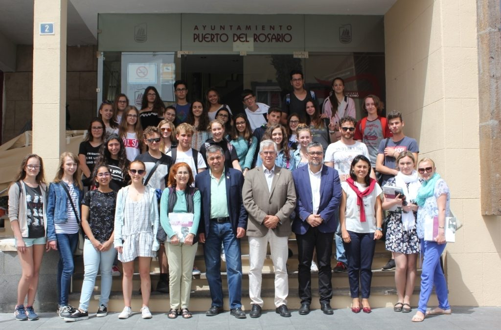 Visita de estudiantes polacos al Ayuntamiento dentro de un programa de Intercambio