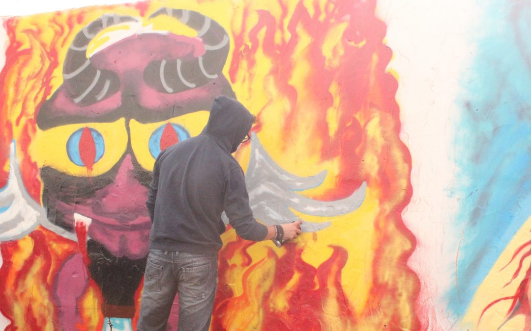 Taller de Graffiti con estudiantes de secundaria en la I Semana de arte urbano
