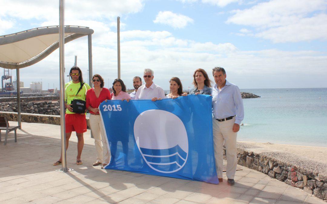 La Playa de Los Pozos ya luce su Bandera Azul