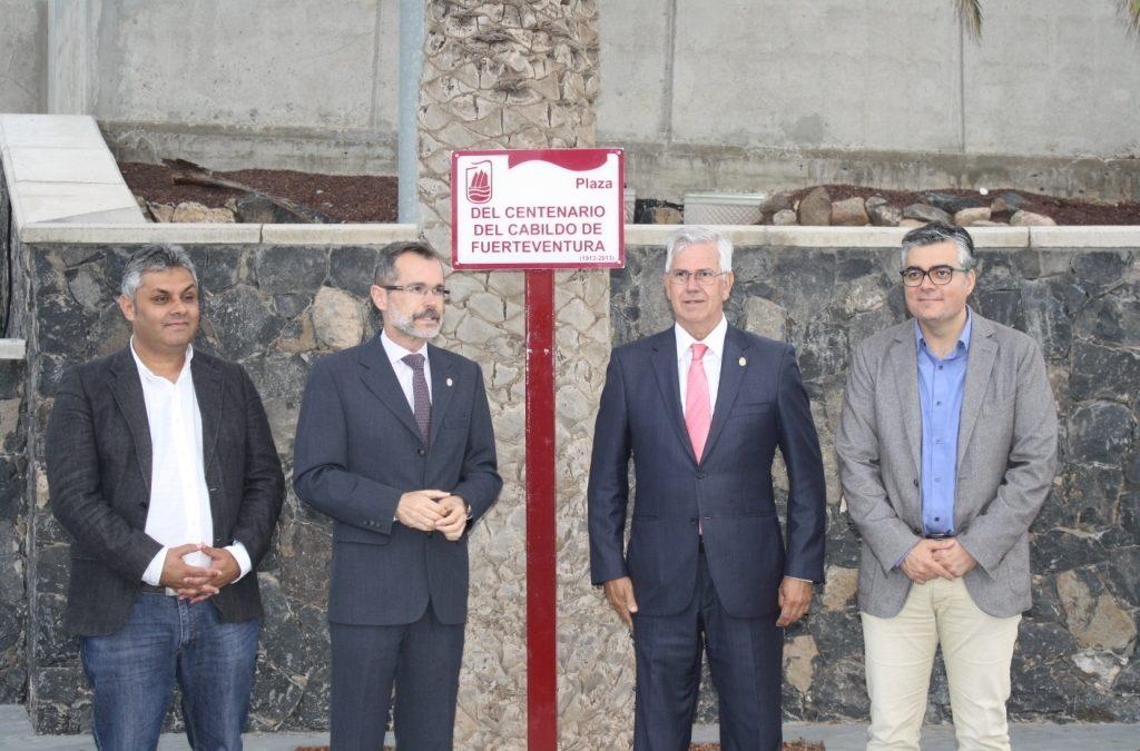 El Ayuntamiento reconoce la figura del Cabildo en su callejero