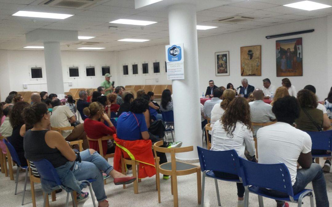 Numeroso público en la presentación del libro de Gema Moraleja