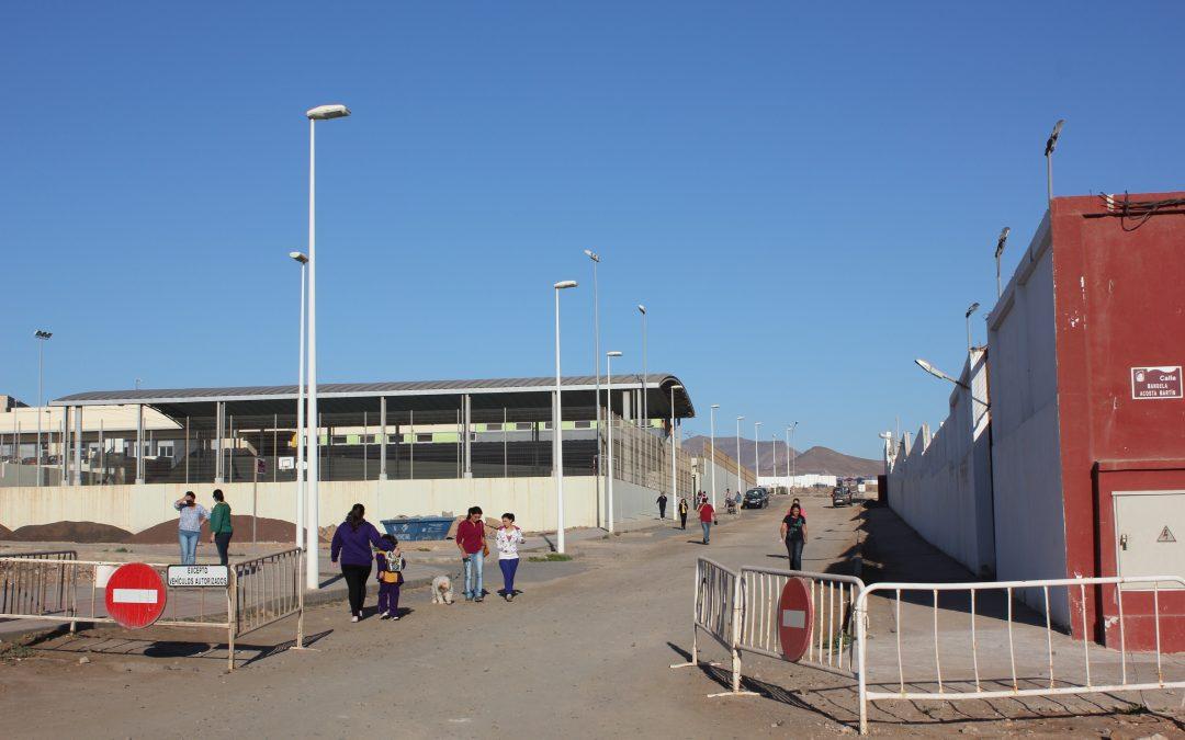 El Ayuntamiento adquiere la propiedad de la via de acceso al CEIP Hubara