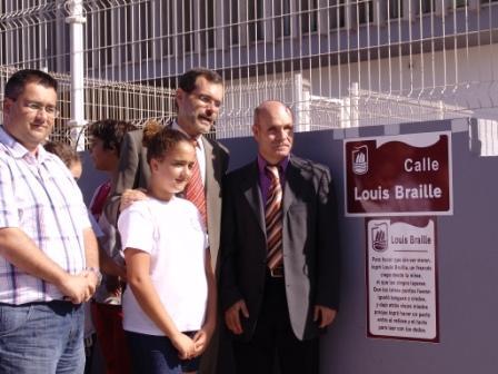 EL AYUNTAMIENTO RECONOCE EN SU CALLEJERO A LOUIS BRAILLE, EL CREADOR DEL SISTEMA DE LECTOESCRITURA PARA CIEGOS