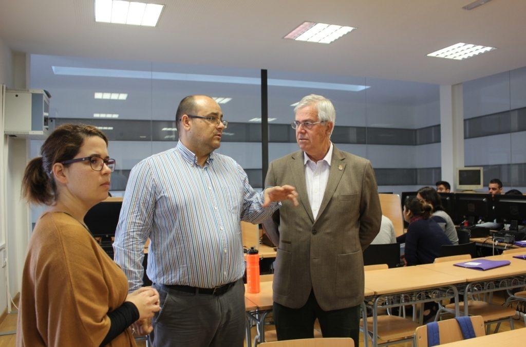 El Ayuntamiento acondiciona cuatro salas multimedia para formación