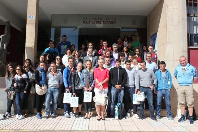 Visita al Ayuntamiento de alumnos del IES Majada Marcial y estudiantes europeos