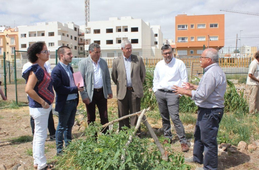 Visita del Director General de Juventud a los Huertos Urbanos