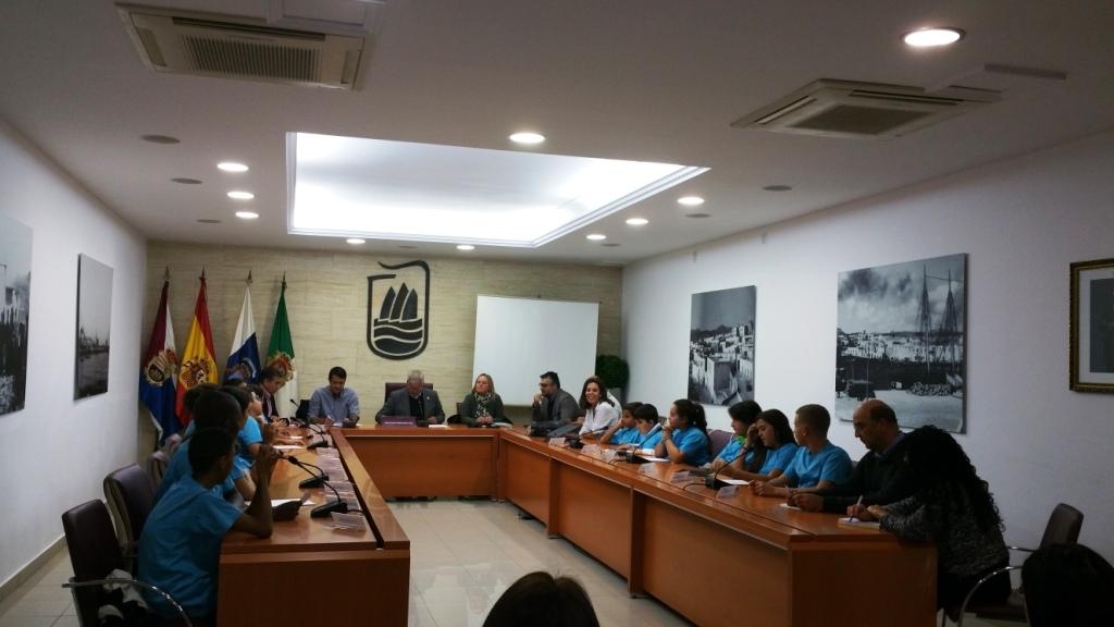 Puerto celebra un nuevo Pleno Infantil  como Ciudad Amiga de la Infancia