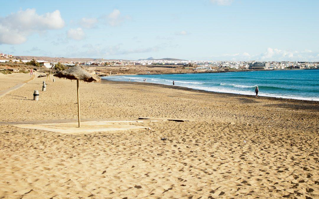 Puerto del Rosario mantiene sus banderas azules para Playa Blanca y Puerto Lajas