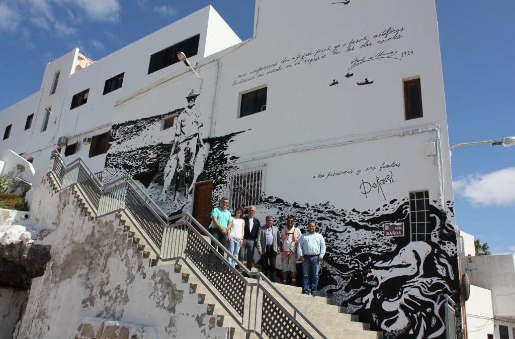 Visita al mural «Recuerdos del viejo pescador»