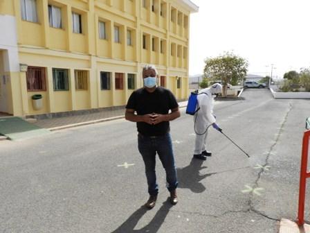 Continúa reforzándose la limpieza y desinfección de los centros educativos