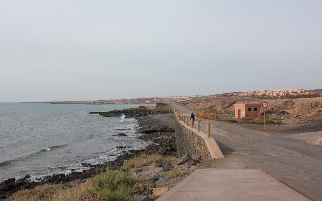 El paseo marítimo hasta Playa Blanca, cada vez más cerca