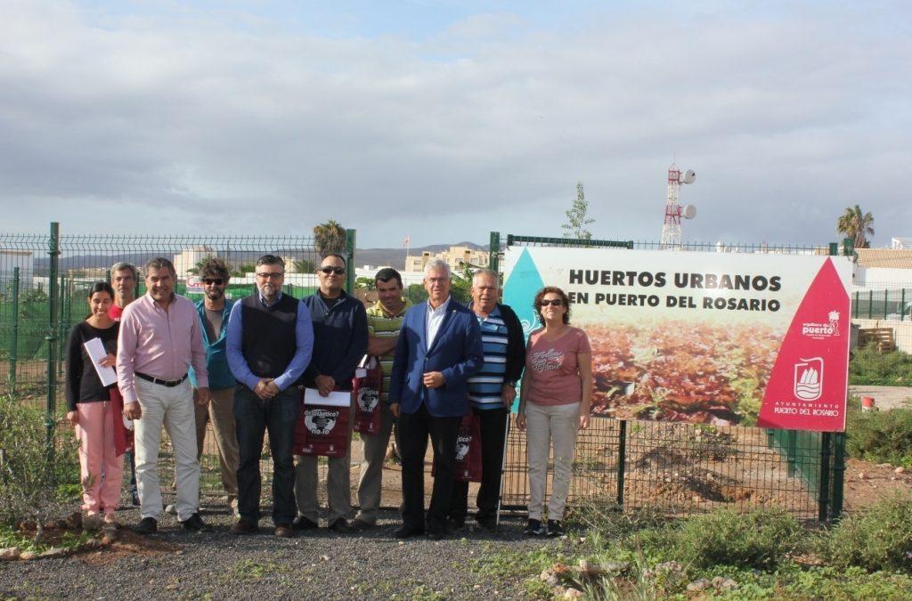 Seis nuevos beneficiaros de otros tantos huertos urbanos ecológicos