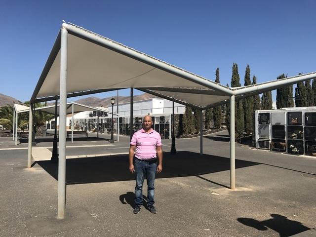 El Ayuntamiento de Puerto del Rosario repone los toldos en el cementerio de Zurita