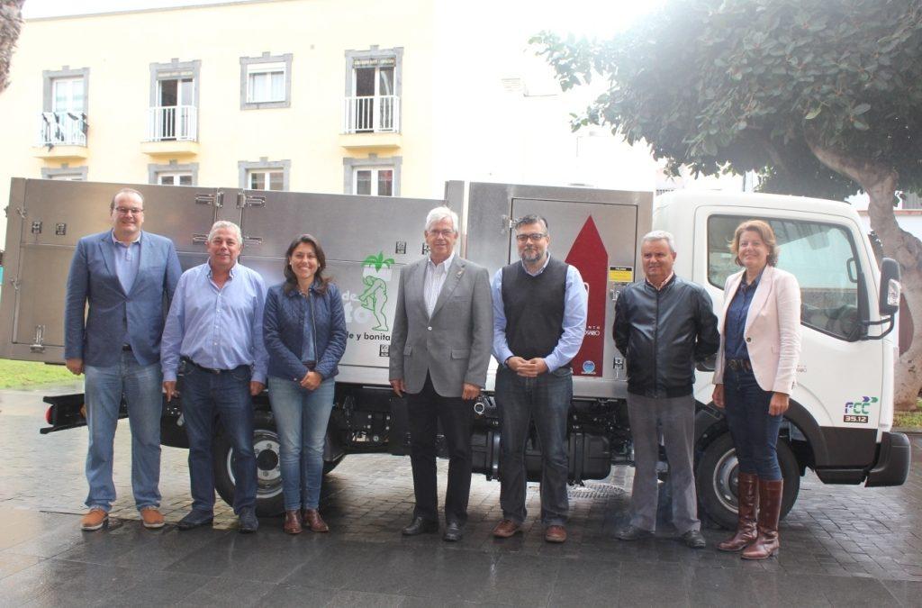 Se presenta un nuevo camión hidrolimpiador para la limpieza viaria