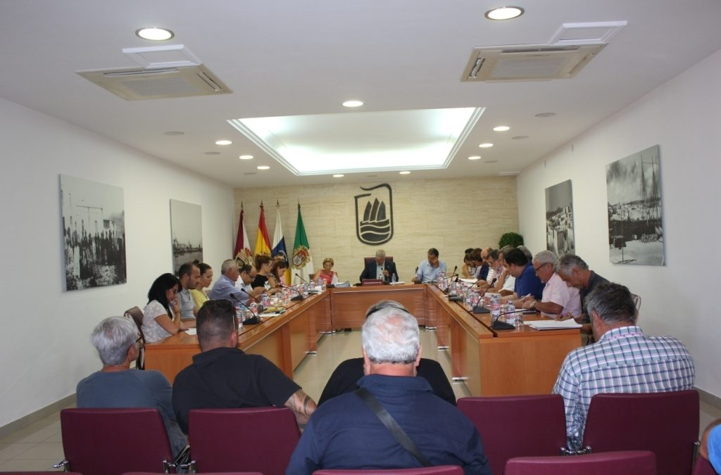 El Pleno municipal aprueba tres convenios con un marcado carácter social