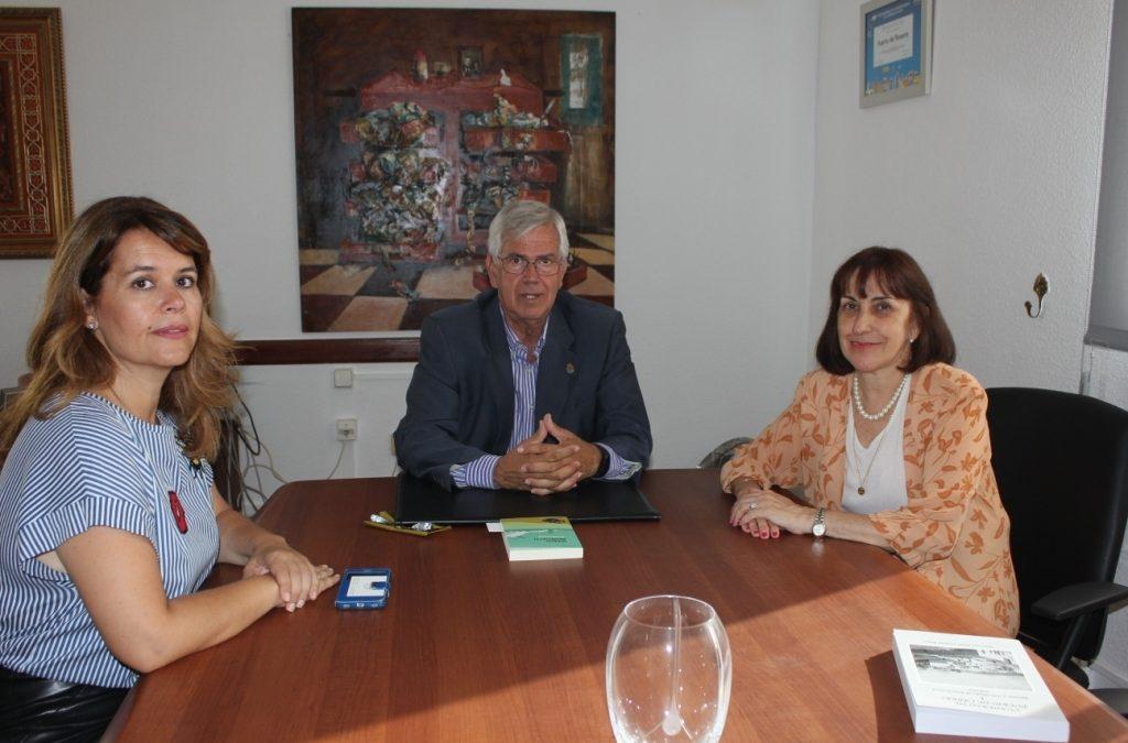 Visita al Ayuntamiento de la nueva Cónsul General de Uruguay en Canarias