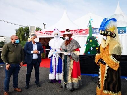 El alcalde Juan Jiménez entrega las llaves de la ciudad de Puerto del Rosario a los Reyes Magos