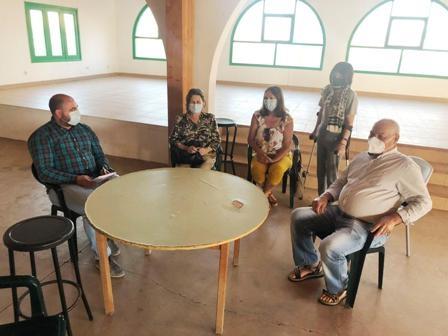 La Matilla y Puerto Lajas trasladan sus proyectos y necesidades al Ayuntamiento
