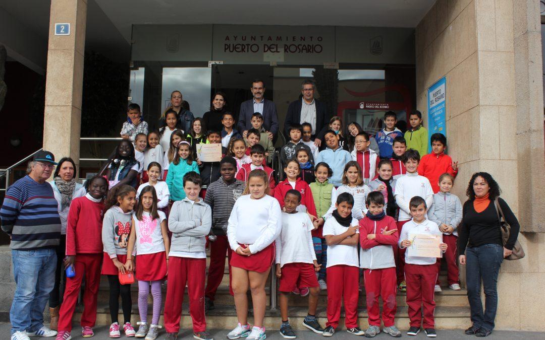 Visita de los alumnos y alumnas del CEIP Puerto del Rosario al Ayuntamiento