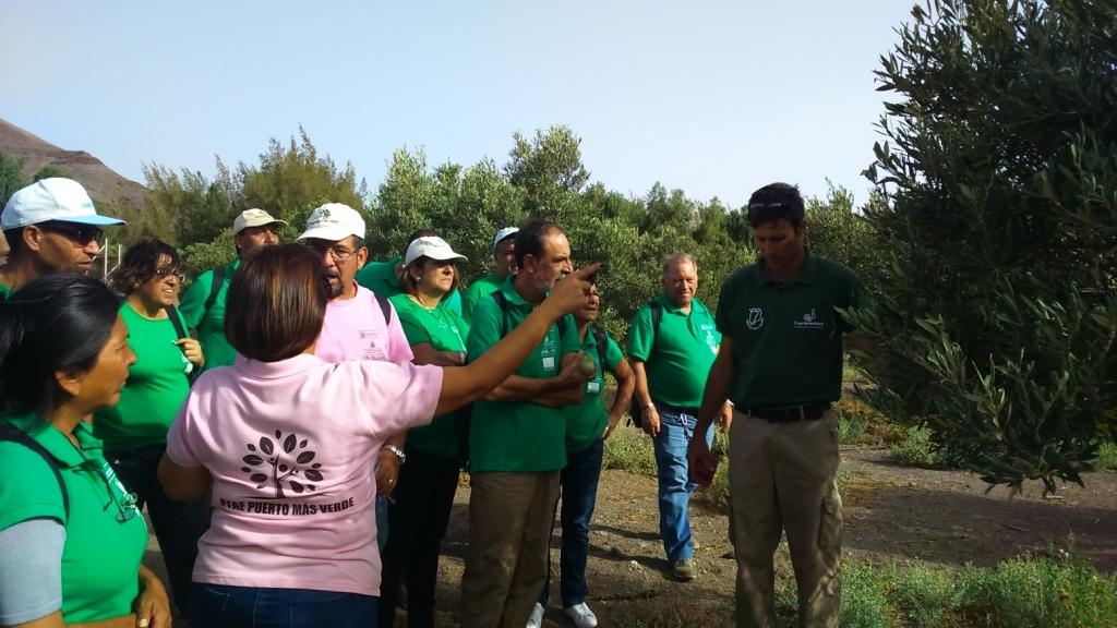 Los alumnos trabajadores de «Puerto mas verde» aprenden en Pozo Negro