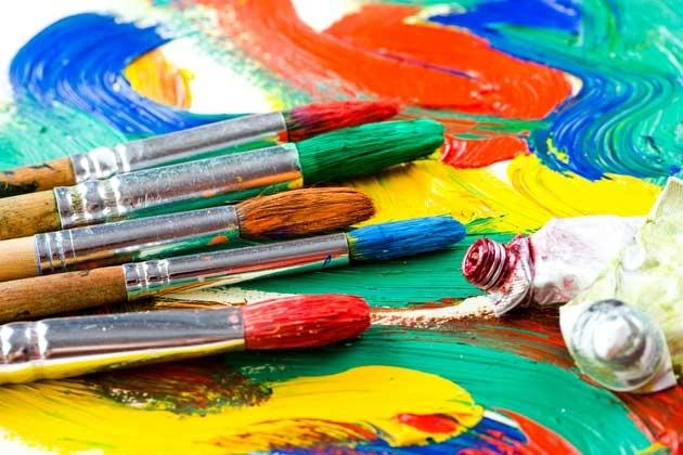 Curso de pintura para adultos en el Centro Polivalente