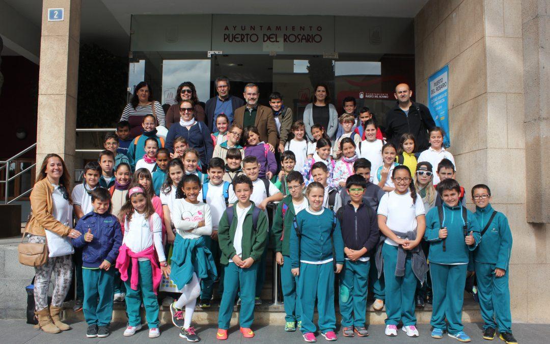 Visita escolar del CEO Puerto Cabras