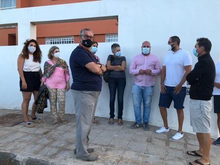El Ayuntamiento conoce de primera mano las necesidades del barrio de Playa Blanca