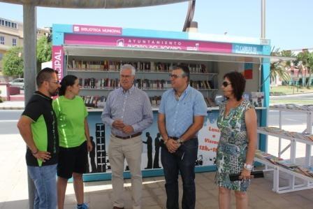 La biblio-playa de Puerto del Rosario presenta un balance muy positivo