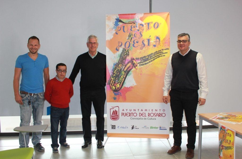 Puerto es Poesía llevará versos y música a la noche de los viernes