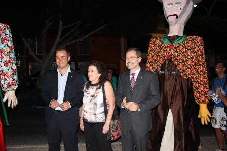 LORENZA MACHÍN PREGONA LAS FIESTAS DEL ROSARIO CON UN DIÁLOGO ENTRE LA ISLA Y EL TIMPLE