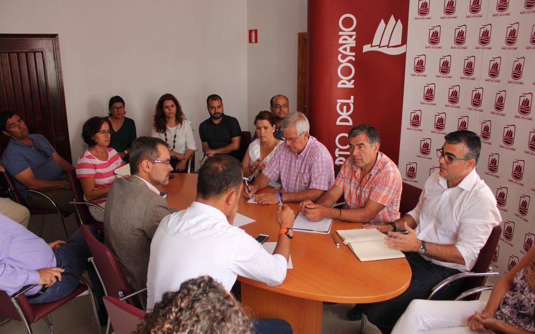 Primera reunión de trabajo conjunta entre  Cabildo y Ayuntamiento
