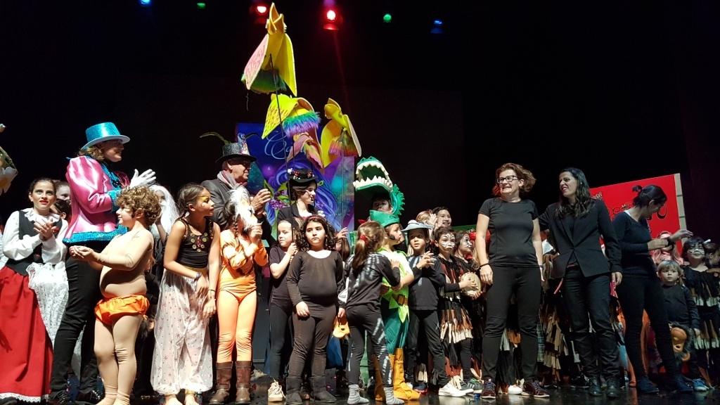 El Pregón de los niños y los Arre-trankos inauguraron el Carnaval de la capital