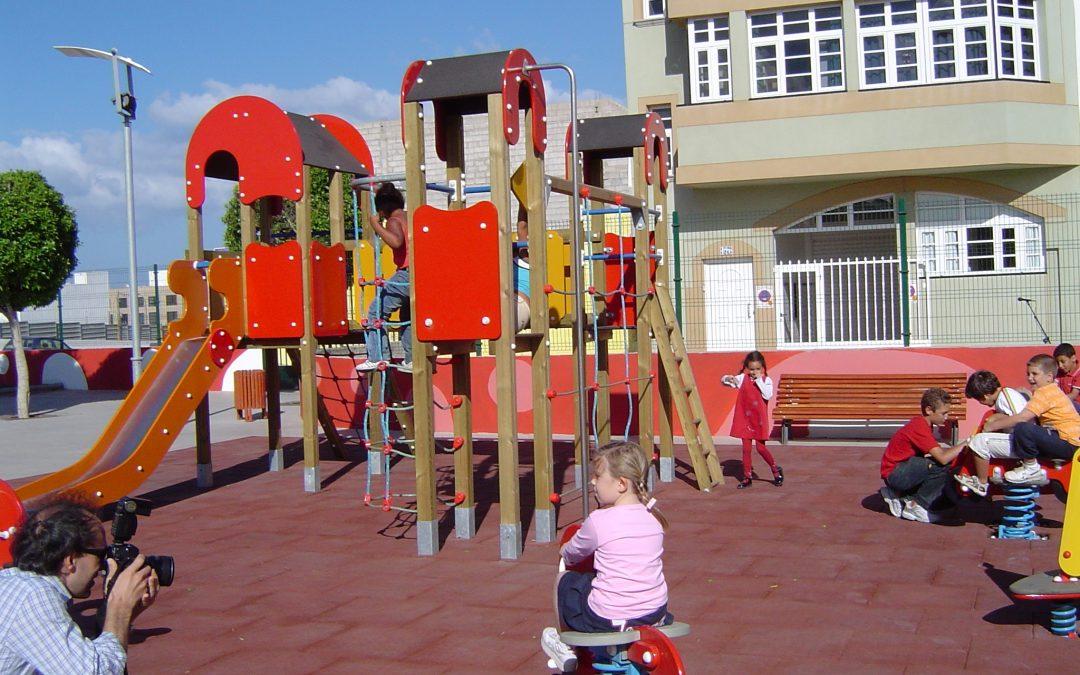 Programa de Dinamizacion de Parques Infantiles en la capital.