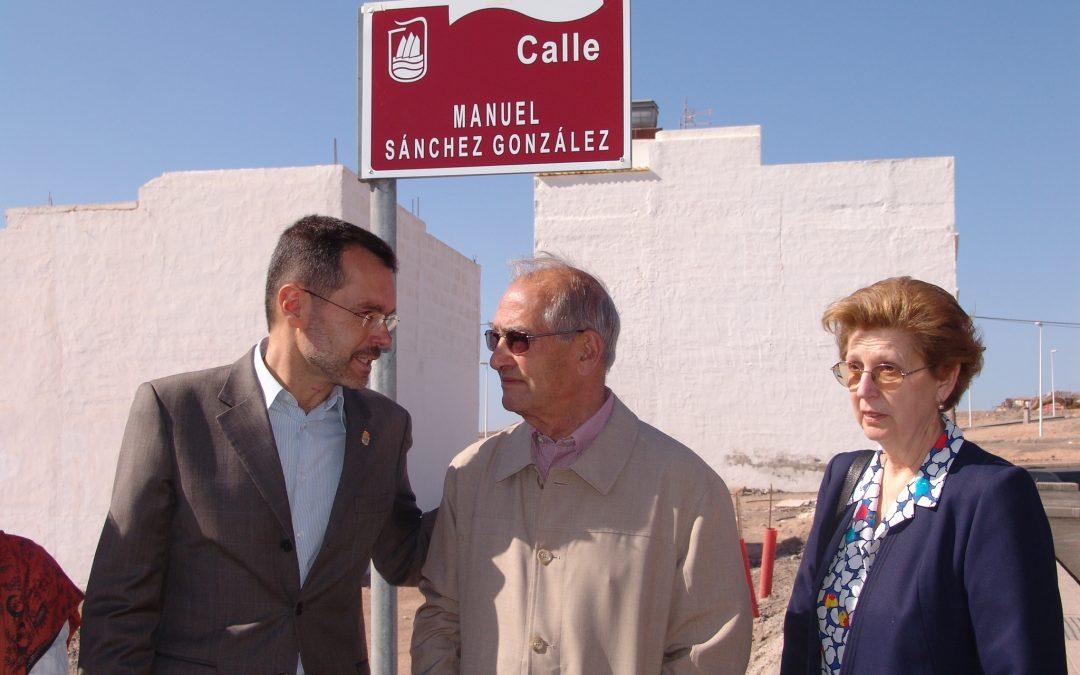 El Ayuntamiento lamenta el fallecimiento de «D. Manuel el Cura».