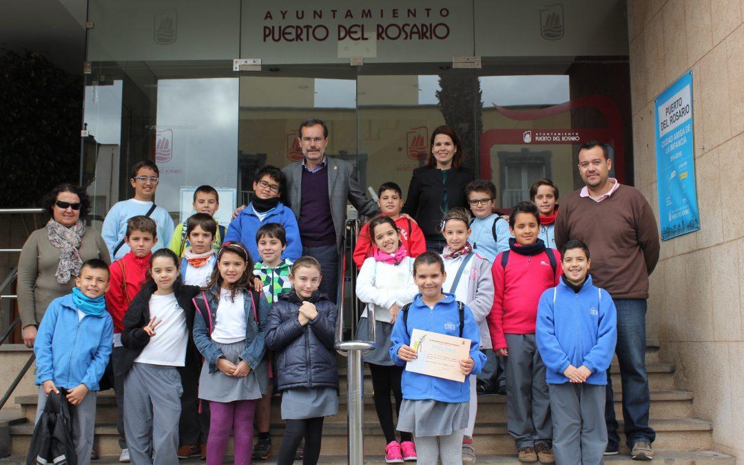 Visita de los alumnos del CEIP «Francisco Navarro» al Ayuntamiento