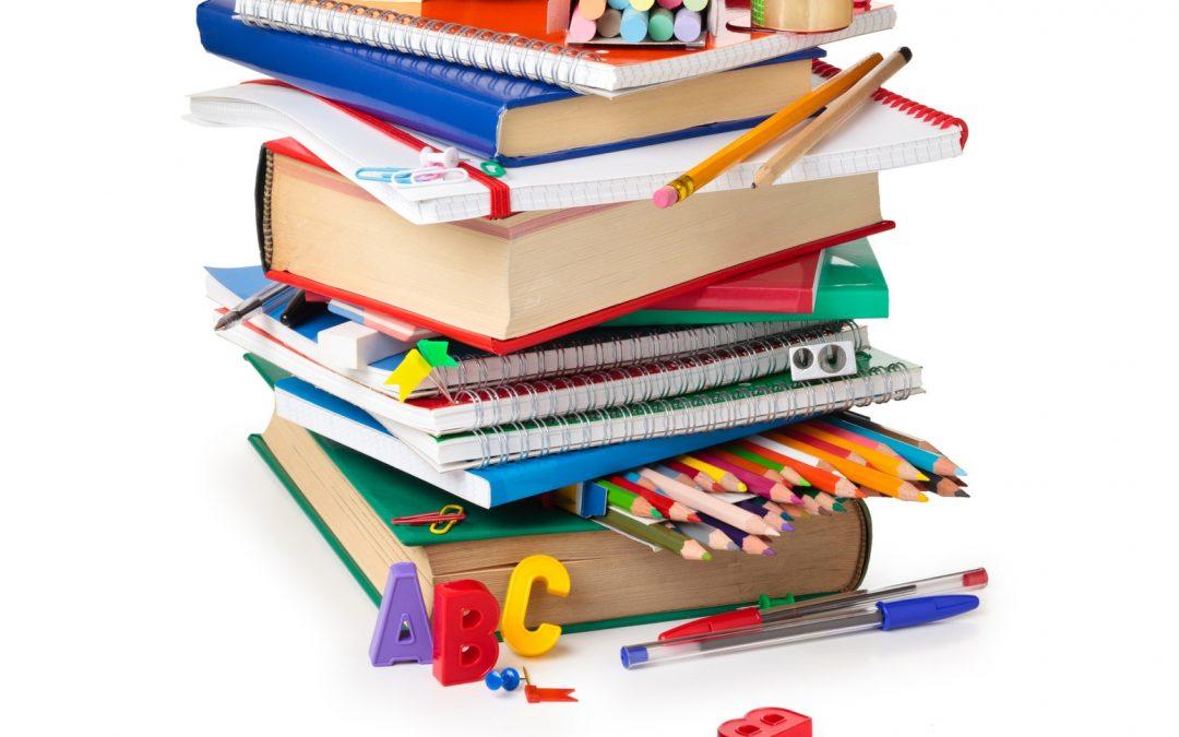 Más de cien ayudas para material escolar concedidas