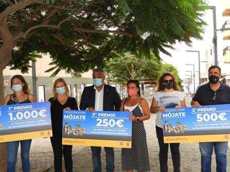 Puerto del Rosario entrega los premios de la Campaña de Comercio 'MÓJATE'