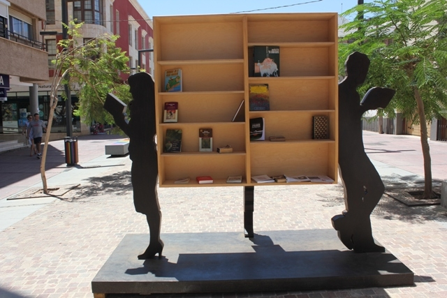 En puerto del Rosario libros y arte para todos los vecinos y visitantes