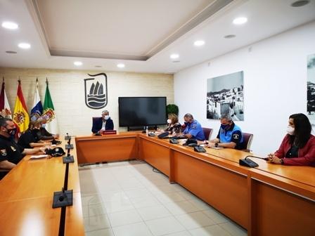 Jiménez coordina y evalúa con agentes implicados la seguridad sanitaria frente al COVID-19